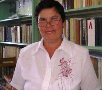 Тихонова Валентина Петровна, педагог-библиотекарь.